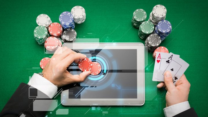 The Pros and Cons of Online Casino Deposit Bonuses